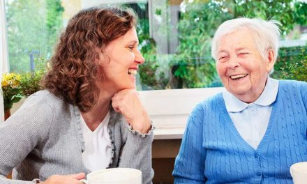 How to Help Aging Parents to Beat Loneliness