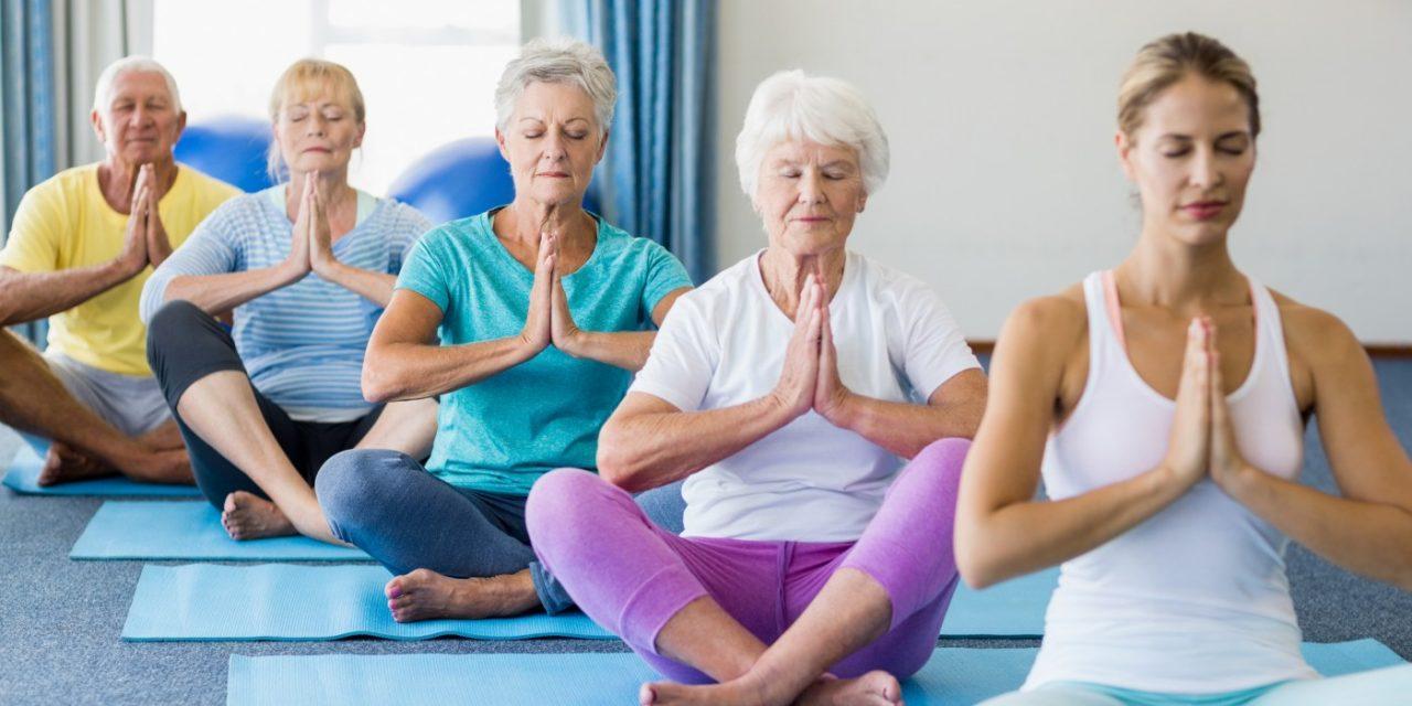 6 Benefits of Yoga for Seniors