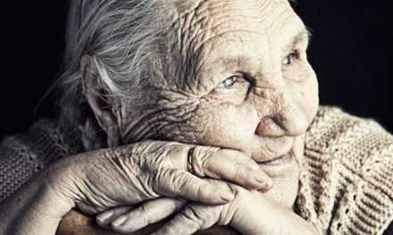 4 Myths About Dementia – Busted