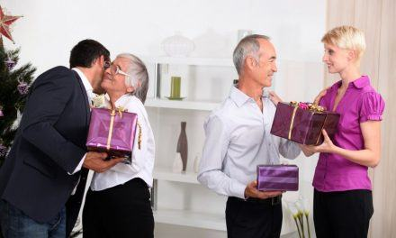 5 Gift Ideas For Seniors During Holiday Season