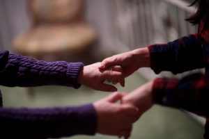 help an Alzheimer's caregiver
