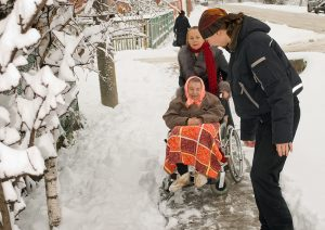 ways to keep your seniors safe during winter