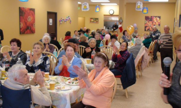The Benefits of Adult Day Care