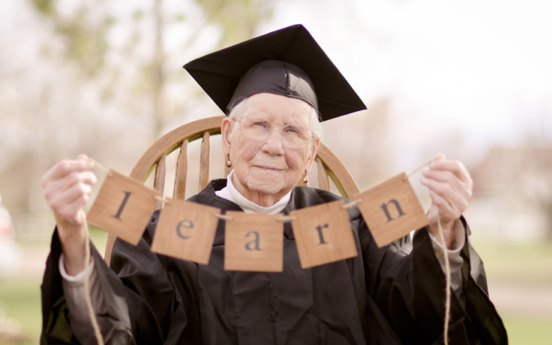 Benefits of College Courses for Elderly 1