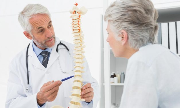 5 Reasons Why Elderly Should Visit Chiropractors