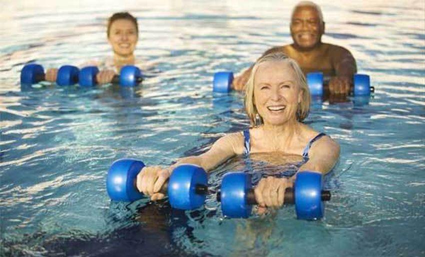 Swimming Safety Tips for Elderly 1