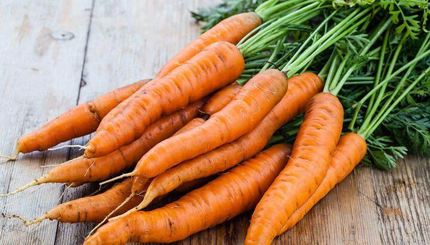 Foods for Seniors That Improve Eye Health