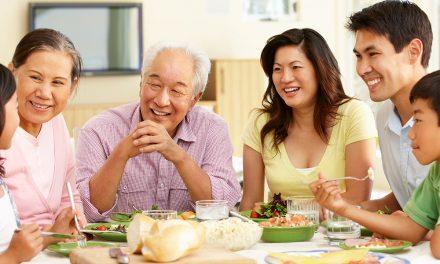 The Benefits of Potlucks for Seniors