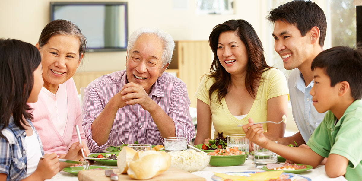 The Benefits of Potlucks for Seniors