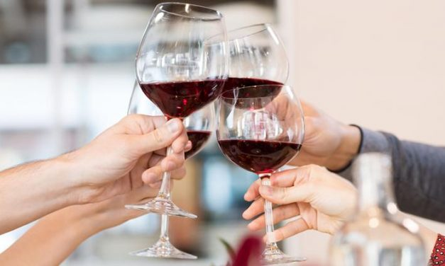 What Are the Effects of Drinking Alcohol on the Elderly?