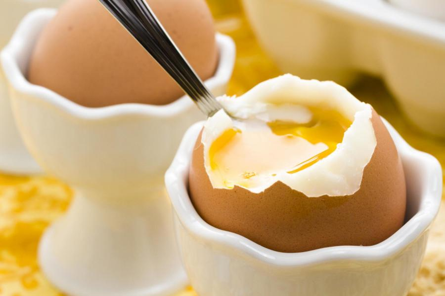 Top 5 Health Benefits of Eggs for the Elderly