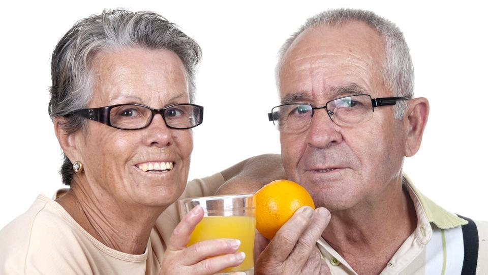 why should elderly eat an orange a day 1