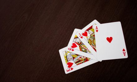5 Reasons Why Older Adults Should Play Cards