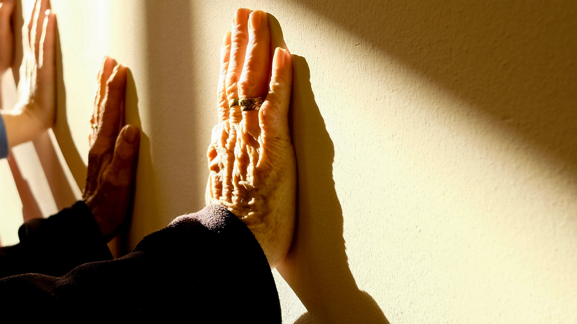 How to keep an eye on your caregiver