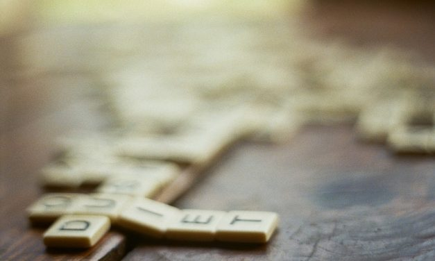 5 Entertaining Word Games for Older Adults