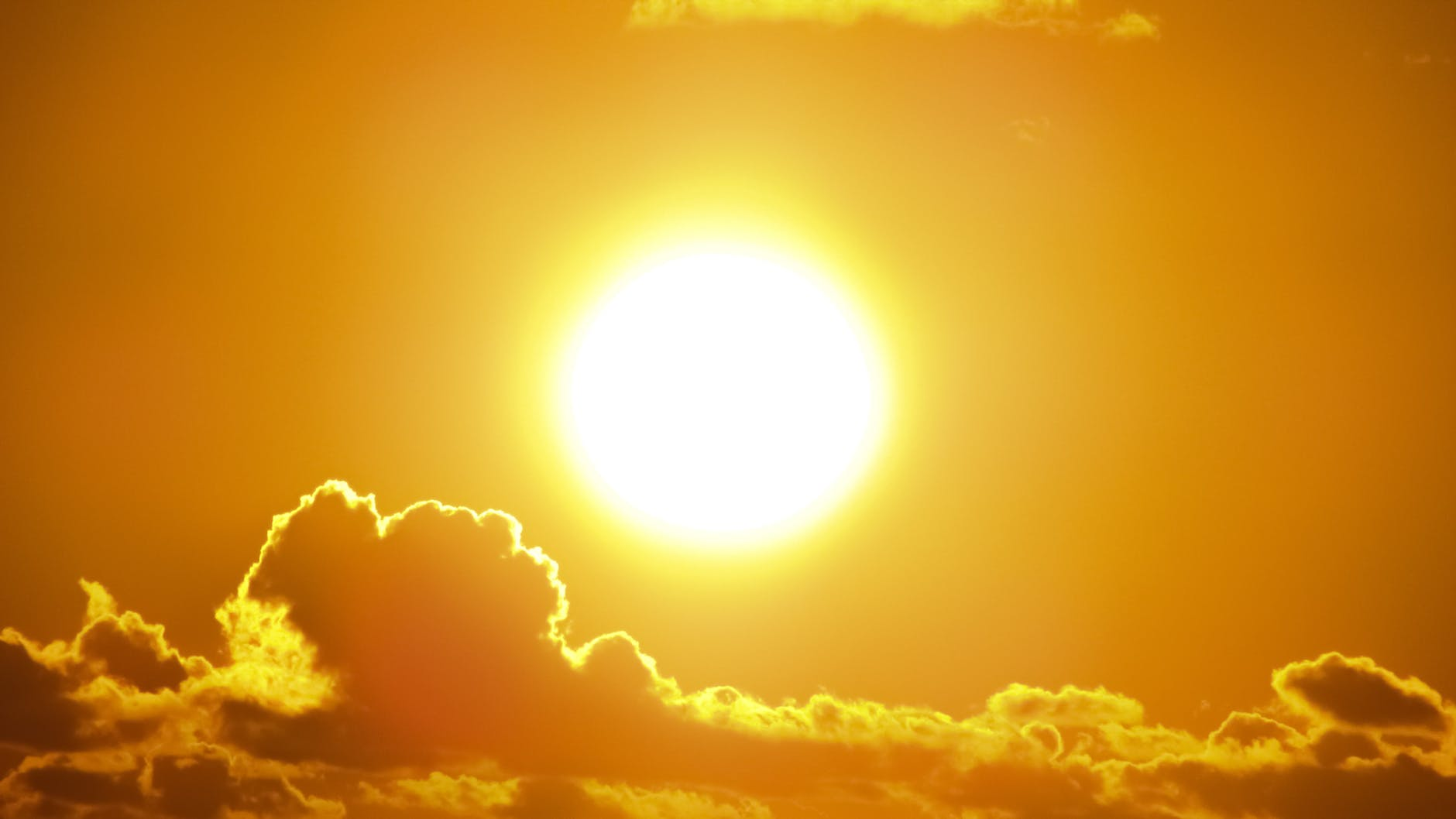 Best ways to protect yourself from heat strokes