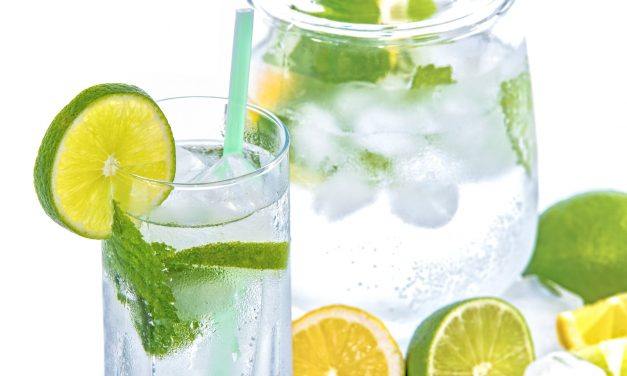 Creative Ways for Seniors to Stay Hydrated
