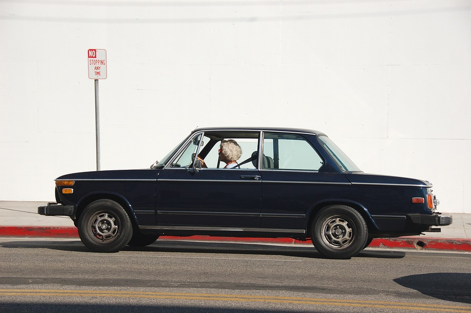 Top Problems Seniors Face With Transportation 3