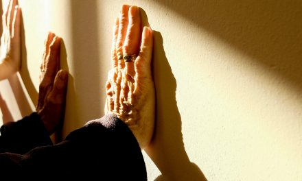 What Seniors Should Know About Hand Health