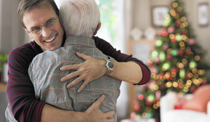 3 Tips for Celebrating Holidays with Seniors in Assisted Living
