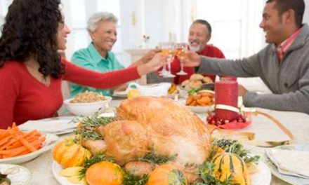 3 Things to Do While Visiting Aging Parents or Relatives for the Holidays