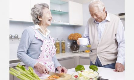 10 Kitchen Aids for Seniors Safely Increase Independence