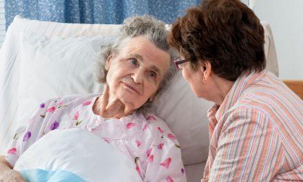 Pneumonia in Seniors: Symptoms, Treatment, and Prevention Tips