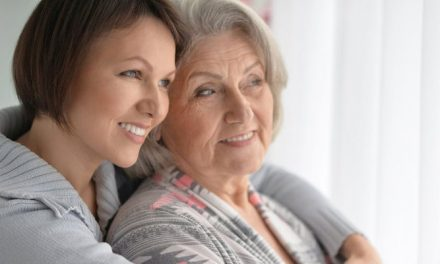 3 Tips to Help You Choose Between Assisted Living vs In Home Care