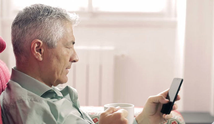 Manage Caregiver Stress with a Useful Smartphone App: Virtual Hope Box