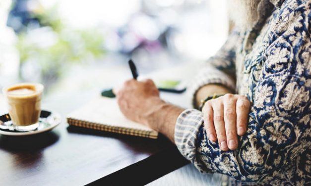 25 Quick Journal Prompts That Reduce Caregiver Stress and Improve Health